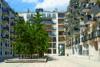 Edel wohnen in den Nymphenburger Innenhöfen - 3-Zimmer-Wohnung im 5.OG mit 2 Balkonen - Häuseransicht Bild 2