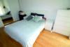 Edel wohnen in den Nymphenburger Innenhöfen - 3-Zimmer-Wohnung im 5.OG mit 2 Balkonen - Schlafzimmer Bild 2