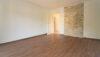 Charmant renovierte 3-Zimmer-Wohnung beim Luitpoldpark - Wohnzimmer Bild 2