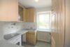 Charmant renovierte 3-Zimmer-Wohnung beim Luitpoldpark - Küche Bild 1