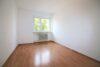 Charmant renovierte 3-Zimmer-Wohnung beim Luitpoldpark - Kinderzimmer Bild 1
