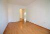 Charmant renovierte 3-Zimmer-Wohnung beim Luitpoldpark - Kinderzimmer Bild 2