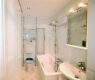 Charmant renovierte 3-Zimmer-Wohnung beim Luitpoldpark - Bad Bild 1