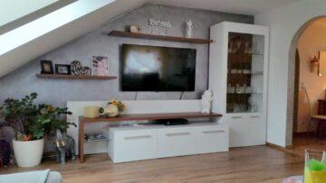 Hell-Ruhig-Attraktiv, 4-Zimmer-Dachgeschoß-Wohnung mit Garten, 85080 Gaimersheim, Dachgeschosswohnung
